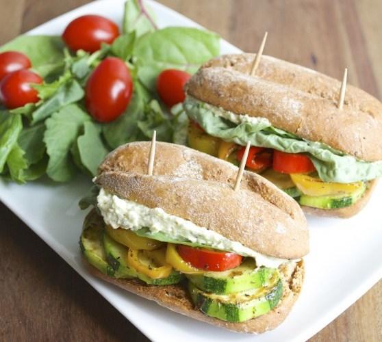 Italian Veggie Sliders with Feta+Pesto Spread. Finally, a vegetarian appetizer that everyone will love! #glutenfree www.maebells.com