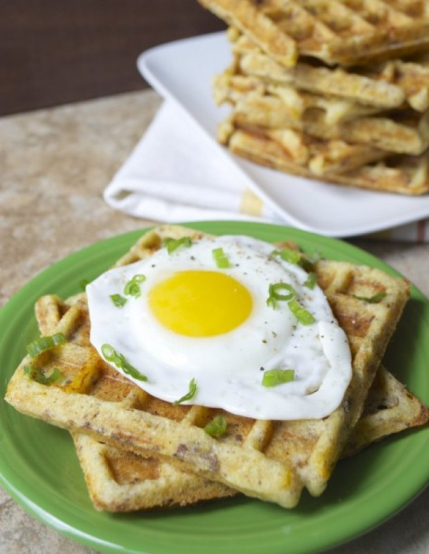 Sausage+Cheddar+Summer Squash Waffles..the ultimate breakfast! Make ahead of time for a grab and go breakfast! #glutenfree www.maebells.com