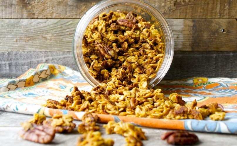Pumpkin Spice Latte Granola, all the flavor of your Starbucks favorite in a crunchy, healthy snack!