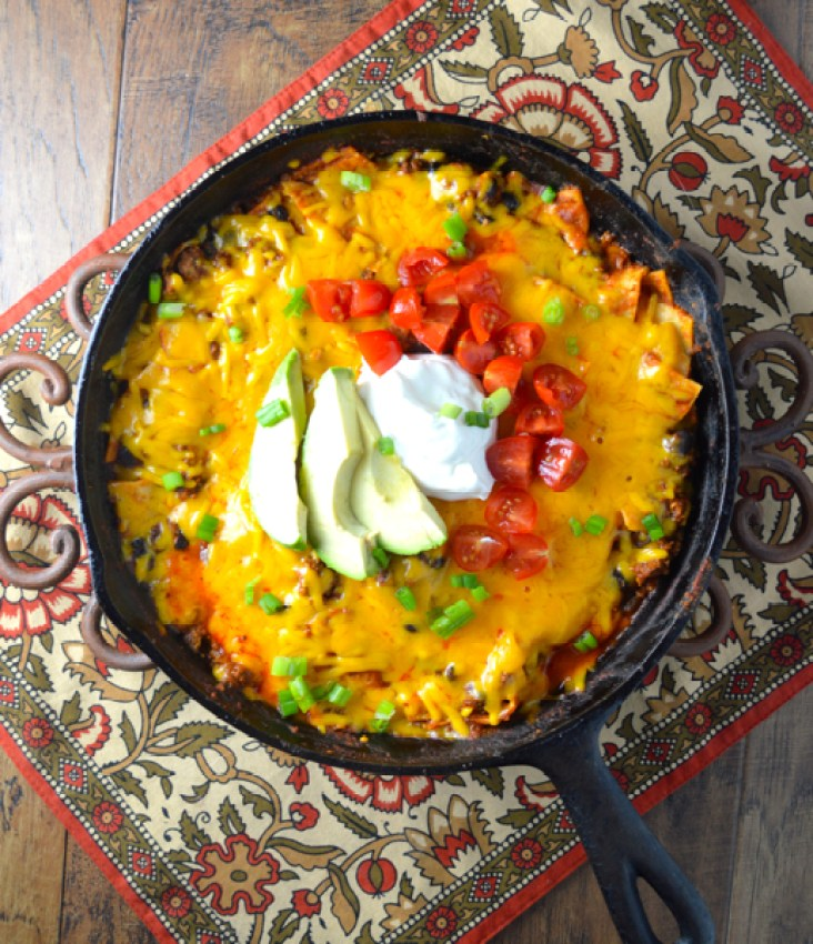 One Pan Easy Cheesy Enchiladas #glutenfree www.maebells.com