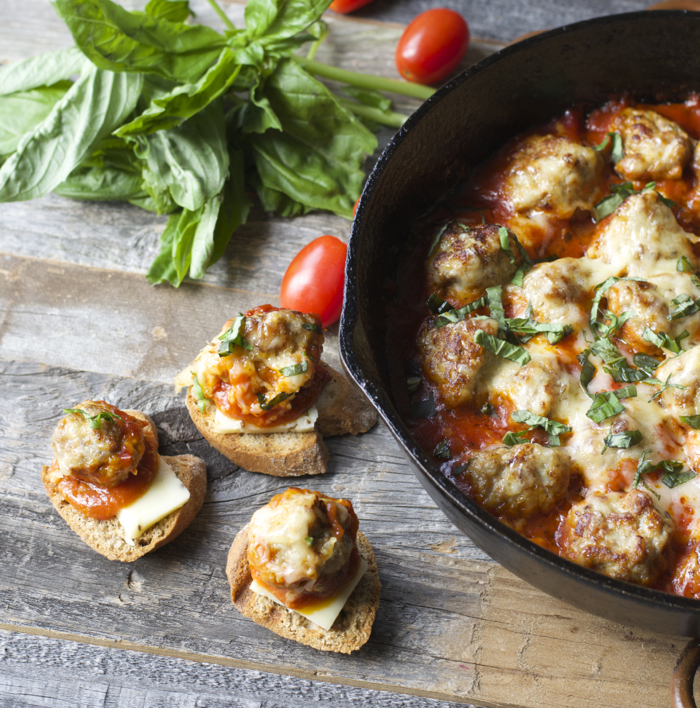 Havarti Smothered Meatballs and Marinara #castellohavarti