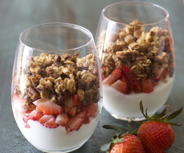 Peanut Butter and Jelly Granola! A healthy, easy, gluten free snack!
