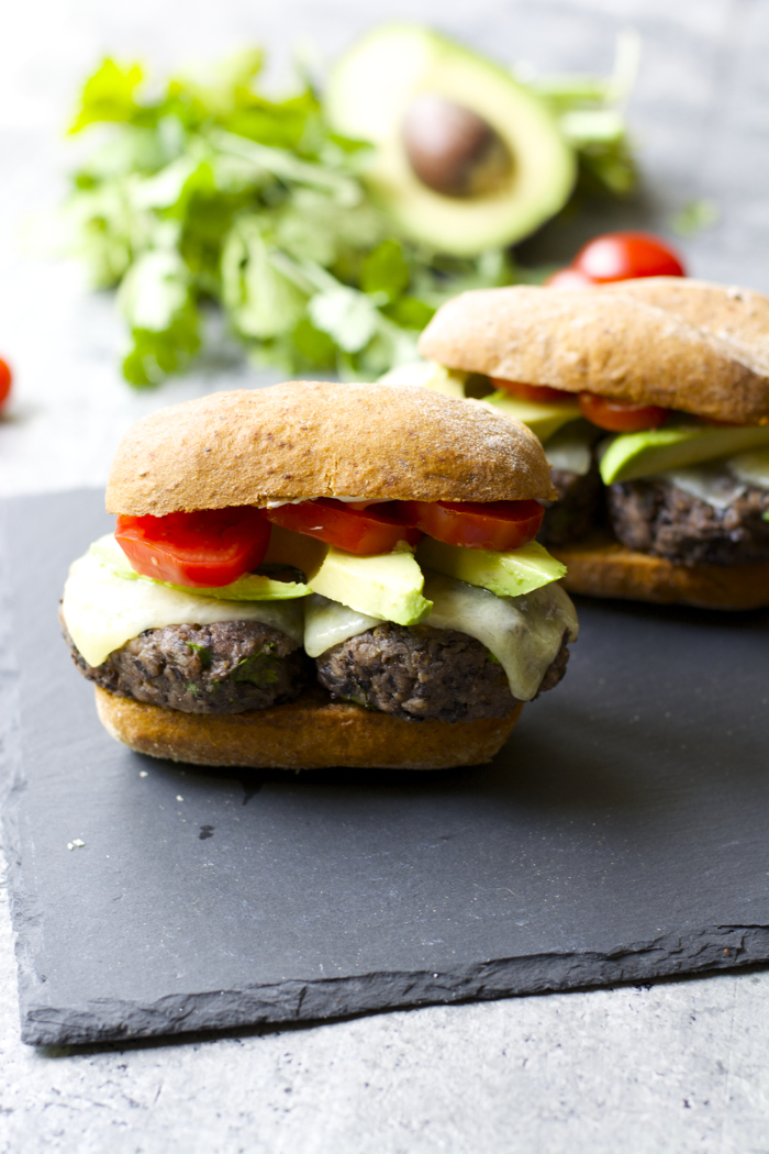 Zesty Black Bean Sliders! Super easy and gluten free! #BretonGlutenFree #CleverGirls