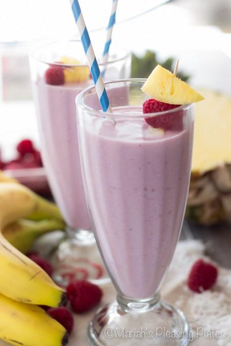 Raspberry-Pina-Colada-Smoothie-3