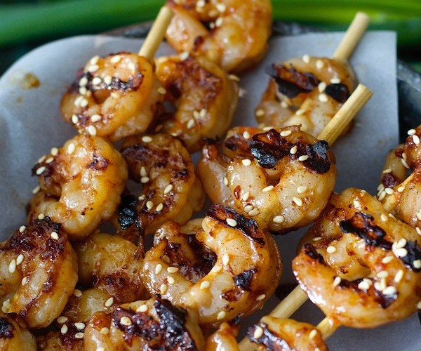 These Sesame Shrimp Skewers are the perfect dish for busy nights! Only 5 ingredients and a few minutes to make!