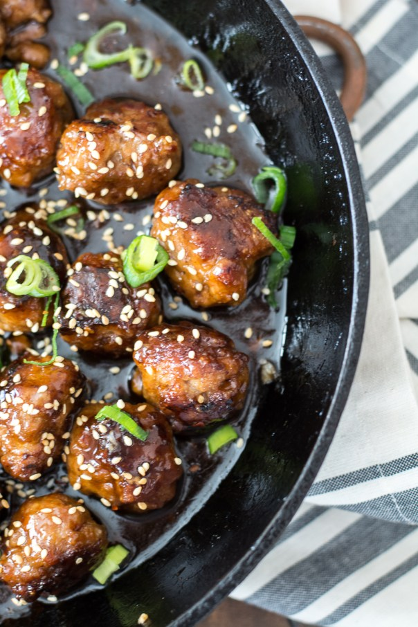 These Sweet and Spicy Asian Meatballs are loaded with flavor and perfect for an easy weeknight dinner or a game day snack!