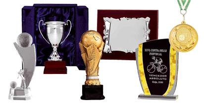 Trofeos, placas, medallas.