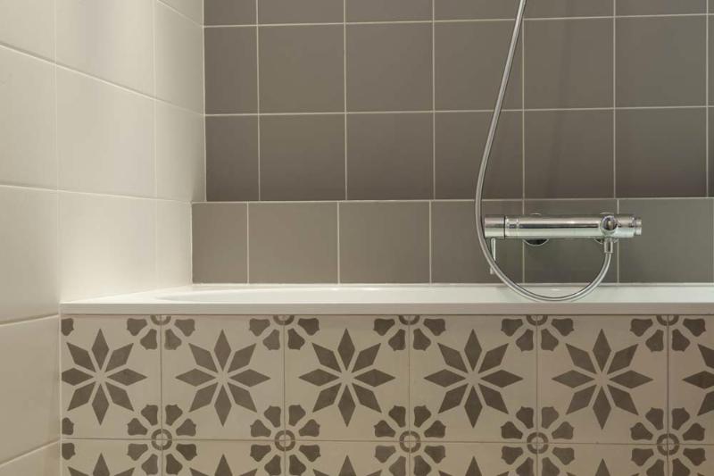 des salles de bain modernit et douceur ma ma architectes. Black Bedroom Furniture Sets. Home Design Ideas