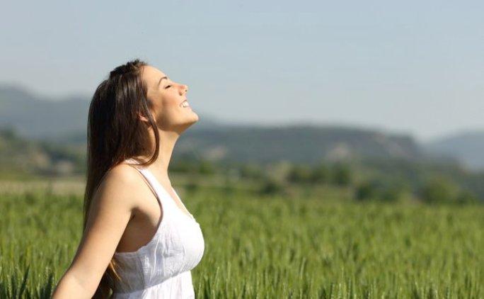 反り腰 原因 治し方 ストレッチ 簡単 腰痛 改善