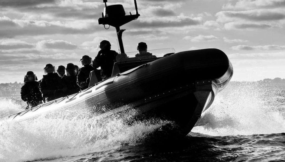 Stor knarkbat hittades av marinen i colombia