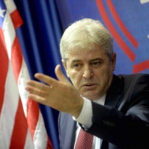 Али Ахмети: Заев нема да биде премиер, претера со своите изјави!