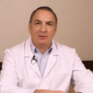 ПОЗНАТ РУСКИ ЛЕКАР ОТКРИВА РЕЦЕПТ: Еве како да не добиете воспаление на белите дробови додека трае епидемијата!