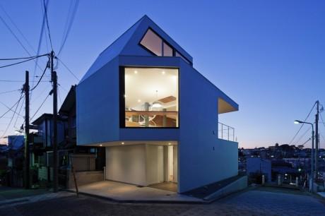 Городской дом в Японии 25