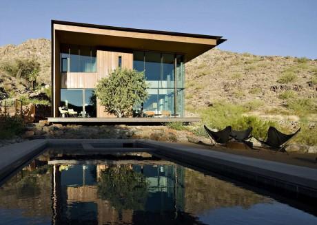 Дом в пустыне в США 3