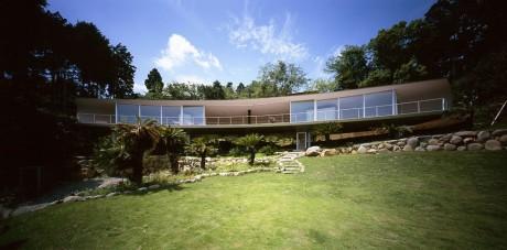 Дом на склоне в Японии 3