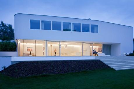 Дом Л (House L) в Австрии от Schneider & Lengauer.
