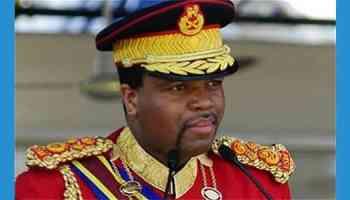 Sa Majesté Mswati III, roi du Swaziland: mission SADC pour un an.