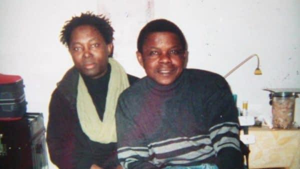 Avec le chanteur Lokwa Kanza