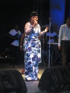 Faya Tess à son concert à Kinshasa