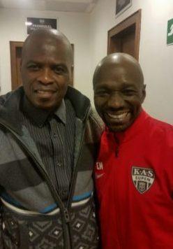 Le coach Claude Makelele et Serge Tungila. Beaucoup de supporters africains ont appuyé KAS Eupen jusqu'à la fin du match contre Mouscron.