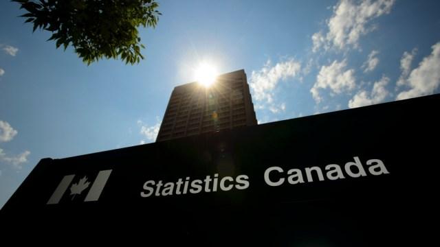 La economía agregó 303.000 puestos de trabajo en marzo, según Statistics Canada