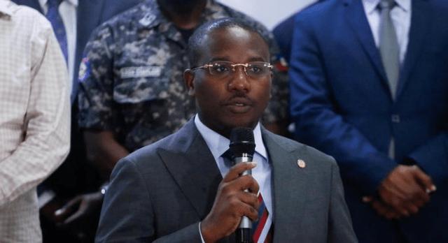 El primer ministro interino de Haití renunció