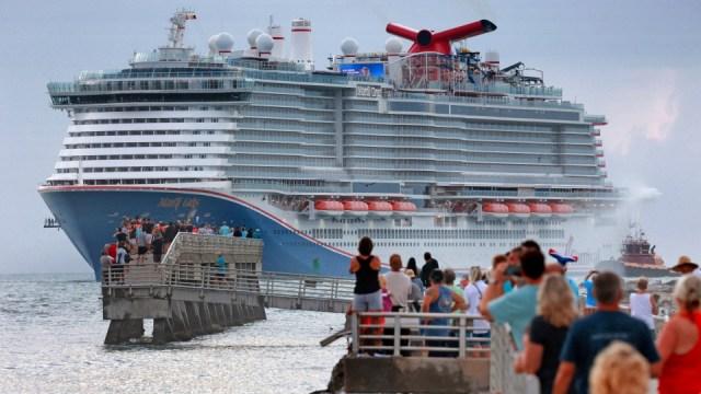 Las restricciones pandémicas en cruceros de Florida ya no están vigentes por fallo judicial