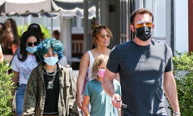 Jennifer Lopez se sincera sobre su vida