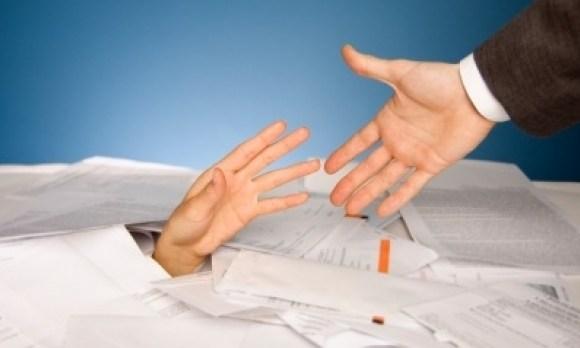 Executarea silită a creanțelor cedate este nelegală dacă cesiunea nu a fost comunicată debitorului!