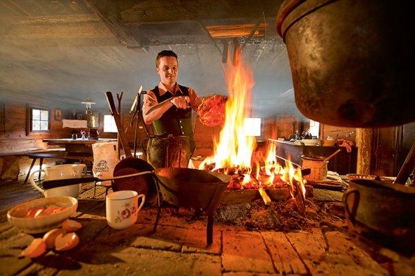 Kulinarium-Steiermark-Hütten | Foto: TRV Oststeiermark/Bernhard Bergmann
