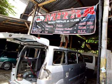 mitra body repair magelang