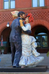 "A giant statue depicting Renoir's Dancing in the City adorns the entrance to the Key West Art and History Museum. The same artist, Seward Johnson, did the famous ""sailor kissing the nurse on VE Day"" statue - entitled ""Unconditional Surrender"" - in Sarasota."