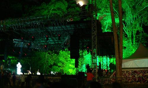 Festival Musik Terbesar Di Dunia