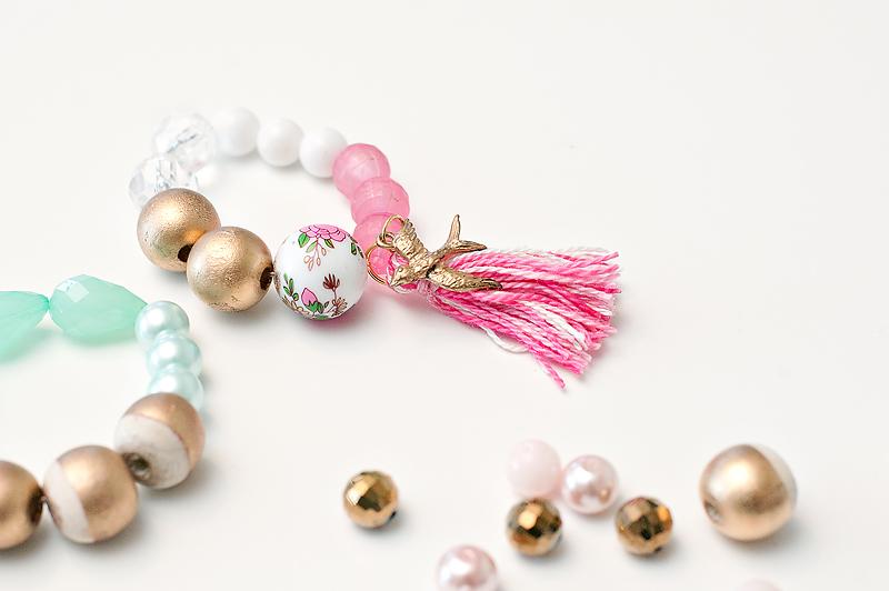 Maggie Holmes Bracelets Tutorial-10