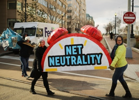 FCC votes to repeal US net neutrality rules