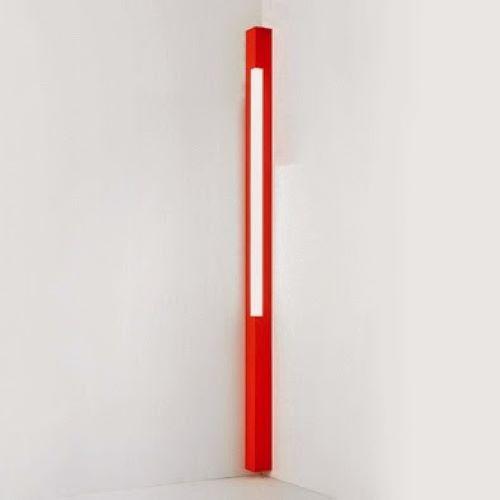Zava Lampada D Parete A Angolo Architettura Rossa Design Christian Piccolo