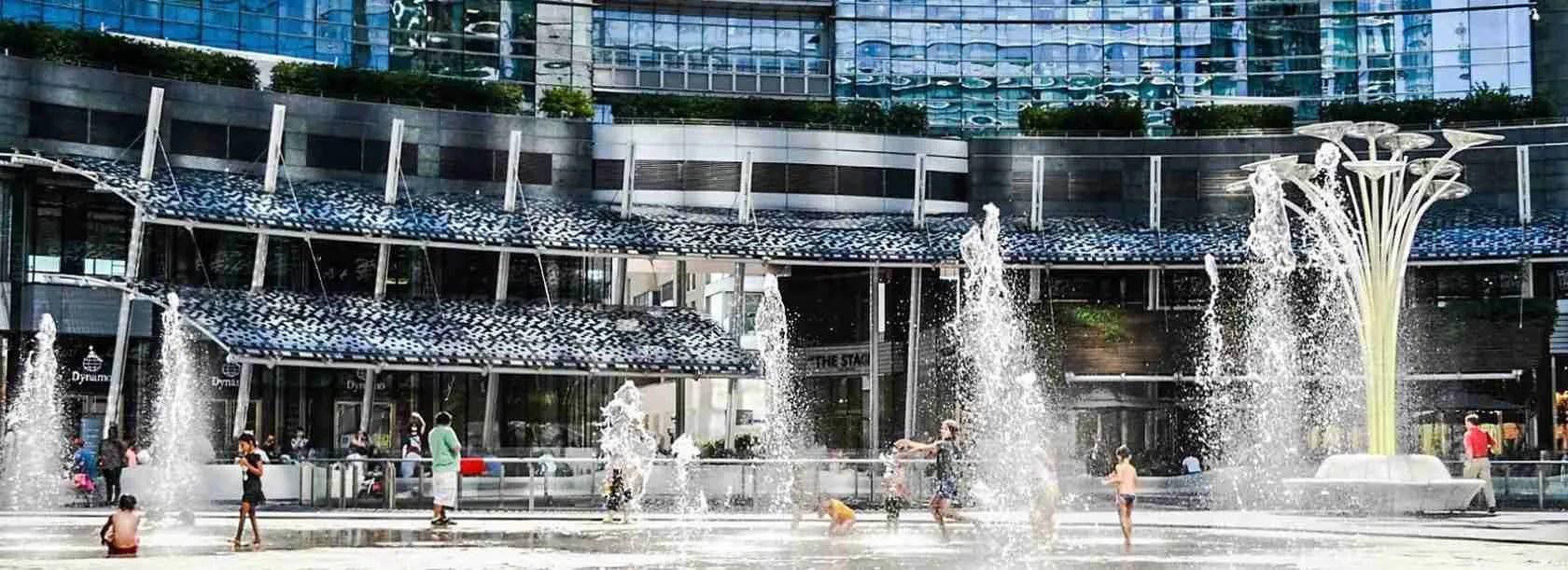 Le escort Milano, per una questione di prestigio, scelgono la zona CityLife di Milano per i loro soggiorni.