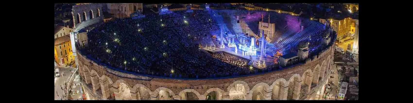 Una escort Verona desidera trascorrere una serata in tua compagnia in Arena a Verona. Magica Escort