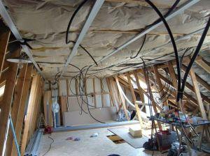 Blog de magicmanu :Aménagement de notre maison, Electricité des combles (l'éclairage)
