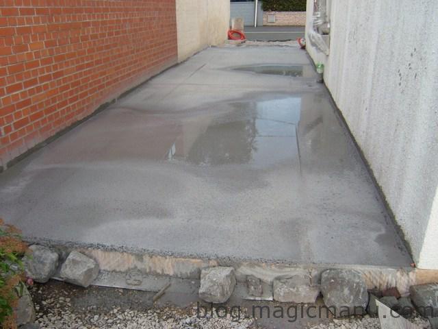 Garage : coulage de la dalle béton