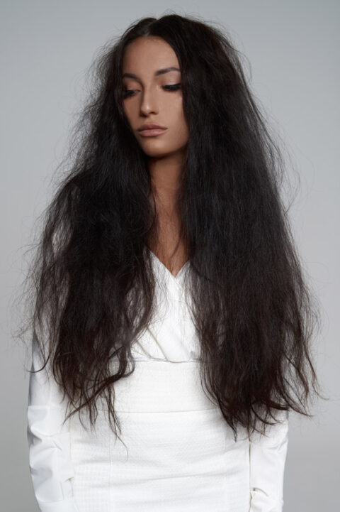Straightens-Hair-before-1-480x721