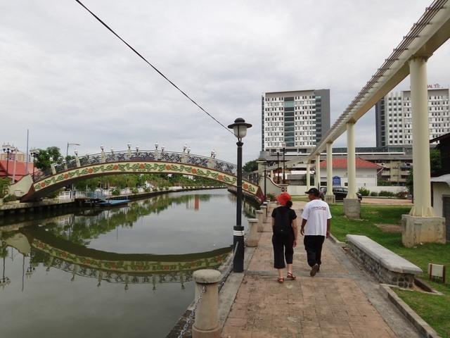 Melaka river and the not running monorail