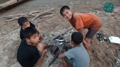 Nong Khiaw - Kids Cooking Their Freshly Caught Fish