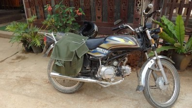 Nong Khiaw - Ostrich WN100 Motorbike From Vietnam