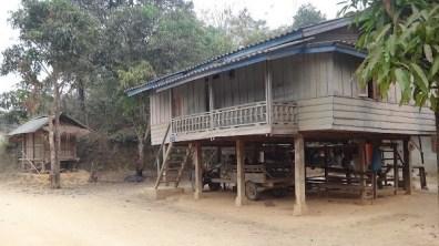 Vieng Thong - Home Living