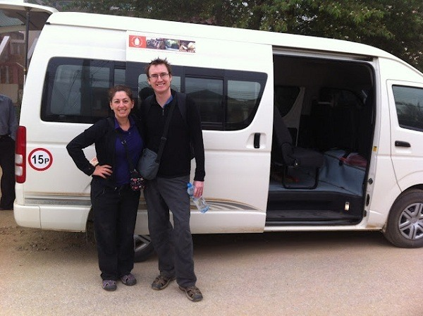 Vieng Thong - Us And The Bus