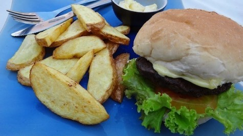 Beach Club Resort Sihanoukville - Beach Club Burger