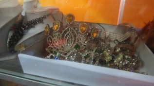 Khmer Traditional Costume - Jewellery And Tiaras Galore