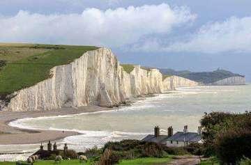 pont au-dessus de la Manche falaises