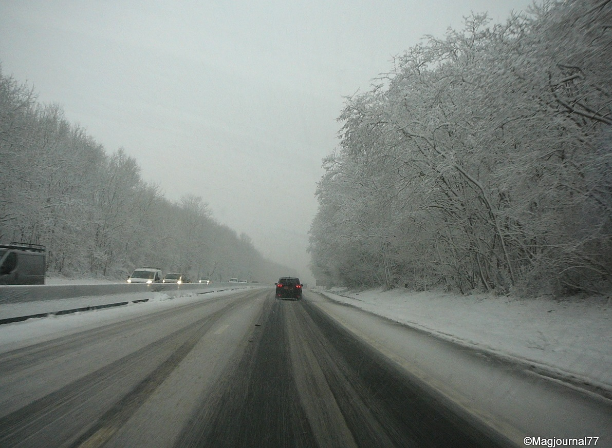 Vague de froid : 27 départements en alerte orange neige et verglas